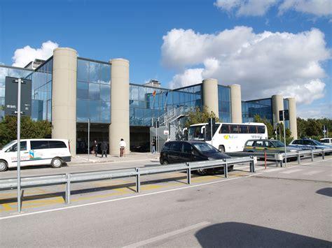 trapani aeroporto trapani porto aeroporto di birgi oggi l assemblea dei soci airgest per
