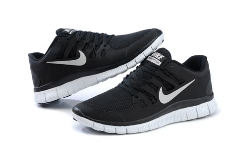 black nike running shoes white black nike free 5 0 v2 2013 cheaper running