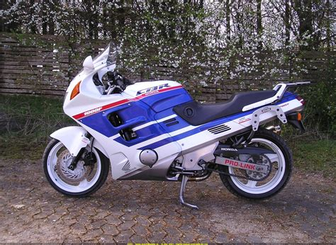 honda cbr 1000 f 1989 honda cbr1000f photos informations articles bikes