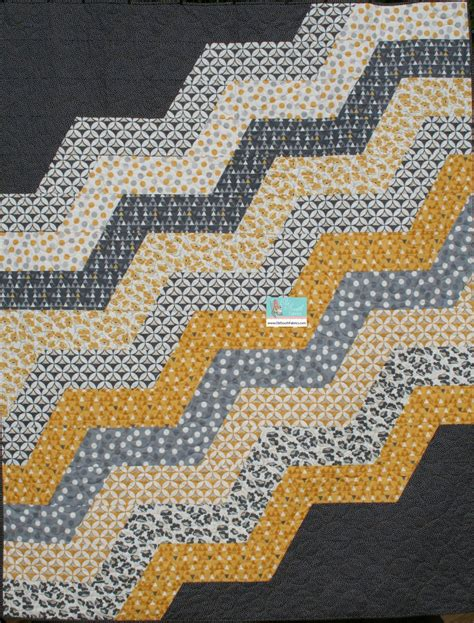 zig zag quilt pattern moda modern zig zag quilt kit in color theory by moda