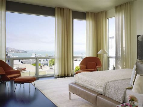 how to decorate bedroom windows how to decorate a room with floor to ceiling windows
