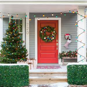 door and porch decorated with christmas wreath outdoor pics photos decoration ideas