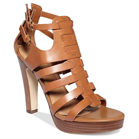 guess womens shoes edelina platform sandals in brown lyst