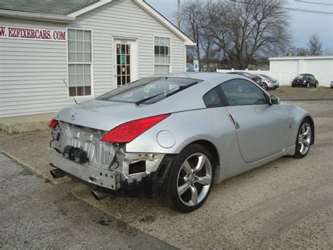 wrecked nissan 350z for sale 2006 nissan 350z 6 speed manual salvage rebuildable for sale