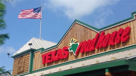 texas roadhouse ceo   salary   front