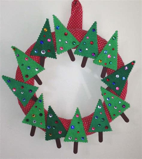 wreath crafts for killer crafts crafty killers crafts with