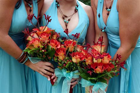 picking wedding colors stress away bridal jewelry boutique wedding ideas tips