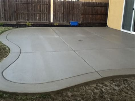 Poured Concrete Patio Designs Curved Back Yard Patio Broom Finish With Border Yelp