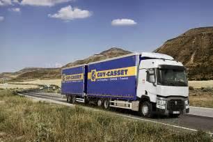 renault trucks t photos vid 233 os sph 233 rons 360 176 gamme t renault trucks