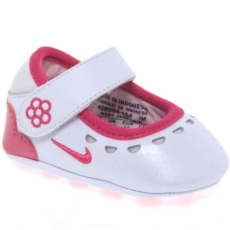 crib shoes nike crib velcro fastening prewalker shoes