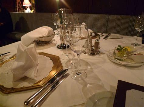 Table Layout In Hotel | hotel schwarzer adler restaurant st anton handytravelinfo