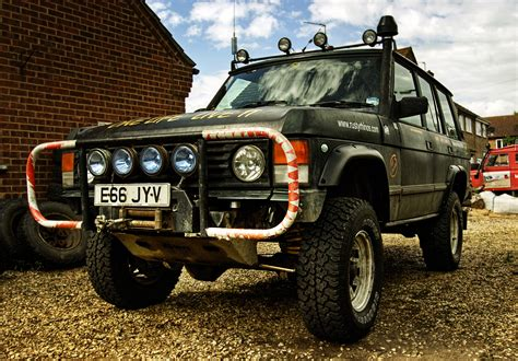 land rover classic lifted image gallery lifted range rover