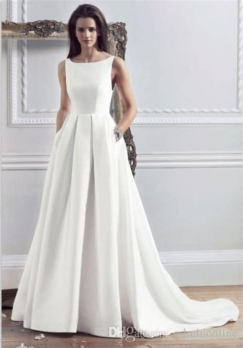 hairstyles for boat neckline 25 best ideas about wedding dress necklines on pinterest