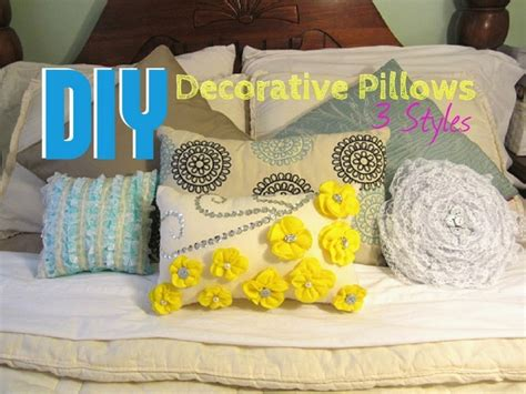 Cheap Modern Throw Pillows by Decorative Pillows For Modern Home Interiors