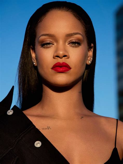 Rihanna Pictures by How To Buy Fenty Stunna Lip Paint Popsugar