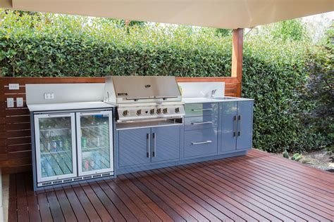 a look at outdoor kitchen solutions completehome