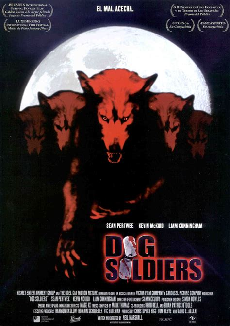 dog soldiers 2002 werewolves rock horror and zombie film reviews movie reviews horror