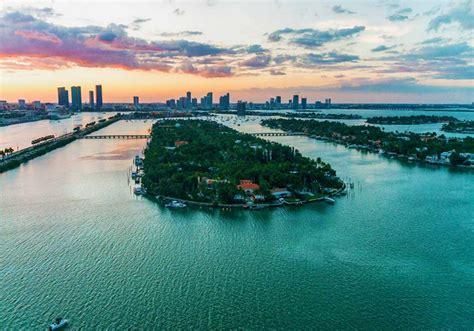 palm island luxury waterfront neighborhood  miami