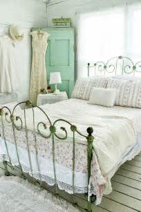 betten shabby chic 33 sweet shabby chic bedroom d 233 cor ideas digsdigs