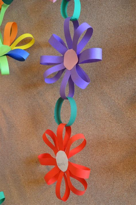 pattern for construction paper flowers best 25 easy paper flowers ideas on pinterest
