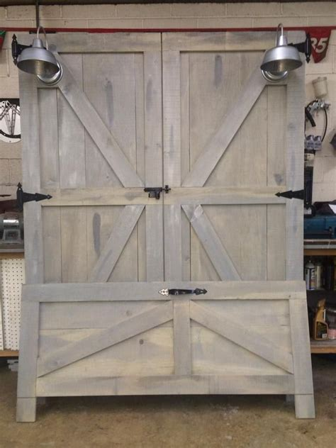 barn door bed best 25 barn door headboards ideas on pinterest pallet