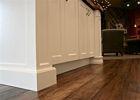 Kitchen Cabinet Floor Trim by Kitchen Cabinet Base Trim Cabinets Design Ideas