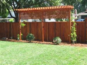 trellis privacy fence ideas 25 best ideas about yard privacy on backyard