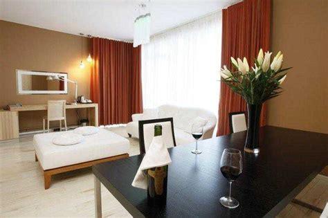 desain interior ruang tamu warna coklat new warna cat rumah kuning orange desain ruang tamu