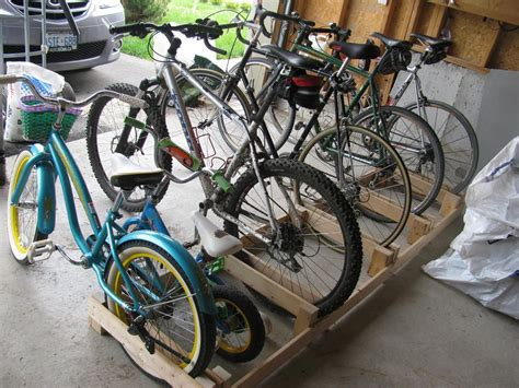 Make Bike Rack by Woodwork Wooden Bicycle Rack Plans Pdf Plans