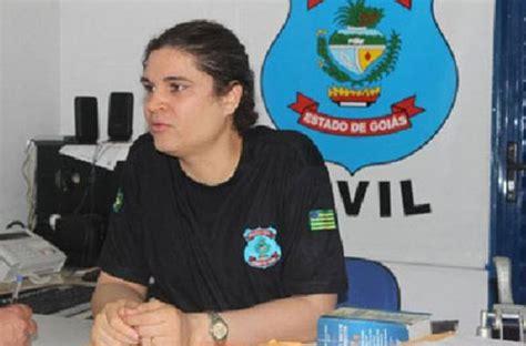 Maxi Dona By Mmc poliziotto chiede congedo quando torna 232 donna