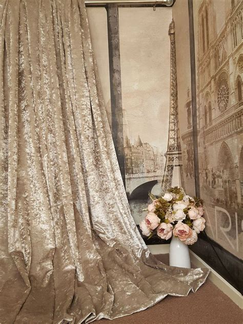 gold crushed velvet curtains best 25 chagne bedroom ideas on pinterest gold