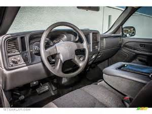 2004 chevrolet silverado 2500hd regular cab interior