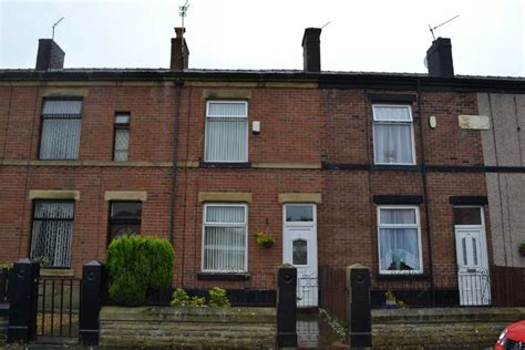 2 bedroom house to rent in manchester 2 bedroom terraced house to rent in kenyon street