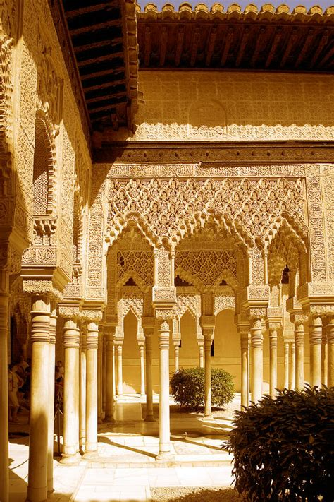 moorish architecture moorish architecture in the nasrid palaces at the alhambra