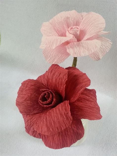 Things To Make With Crepe Paper - best 25 crepe paper streamers ideas on