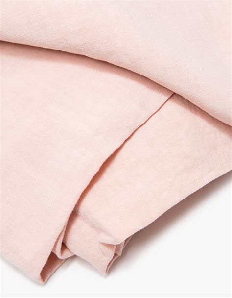 Simple Linen simple linen fitted sheet by hawkins new york up interiors
