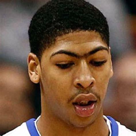 Eyebrow Davis pin unibrow on