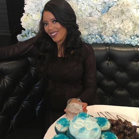 Simmons Baby Shower by It S A Boy For Angela Simmons Fianc 233 See Photos