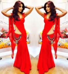 low hip saree draping shilpa shetty in saree instagram 14 dec 2016