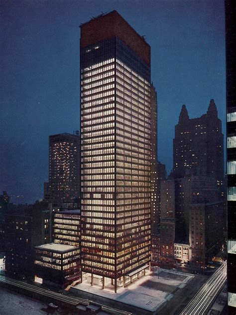 ludwig mies van der rohe the seagram building new york seagram building the gorgeous daily