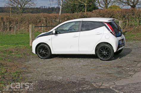 toyota x uk 2017 toyota aygo x style review photos cars uk