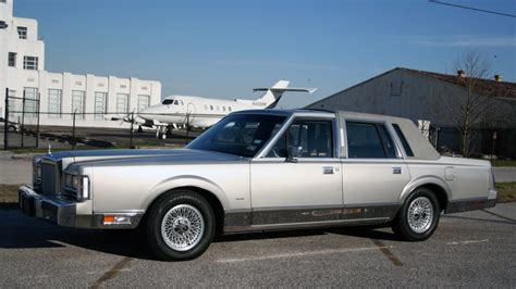 online service manuals 1987 lincoln town car user handbook 1987 lincoln town car cartier edition t31 houston 2017