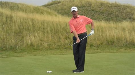 golf swing pitching watch chipping pitching michael breed one move to