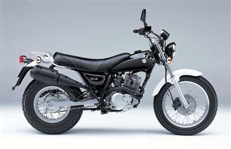 Suzuki 125 Vanvan Suzuki 125 Image 2