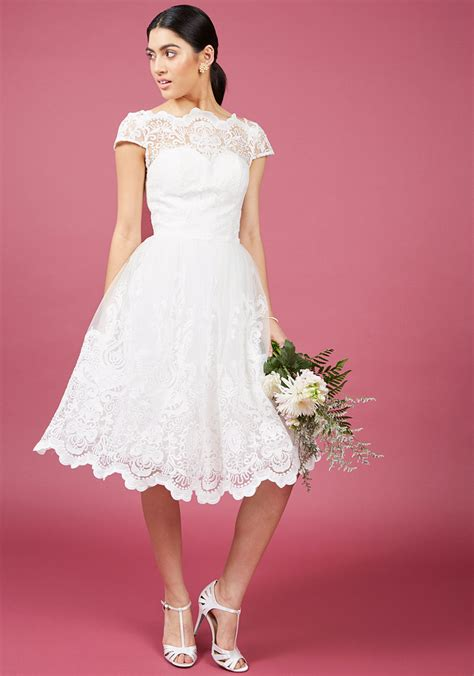White Dress chi chi exquisite elegance lace dress in white
