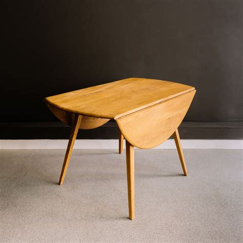 Ercol Drop Leaf Dining Table Ercol Drop Leaf Dining Table