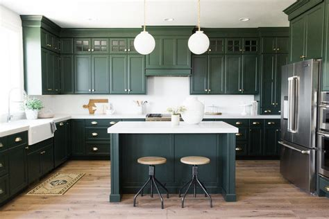 dark green kitchen cabinets the best kitchen trends for 2018