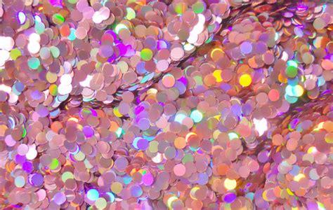 Top Lengan Silet usai jenggot giliran glitter di ketiak jadi tren di