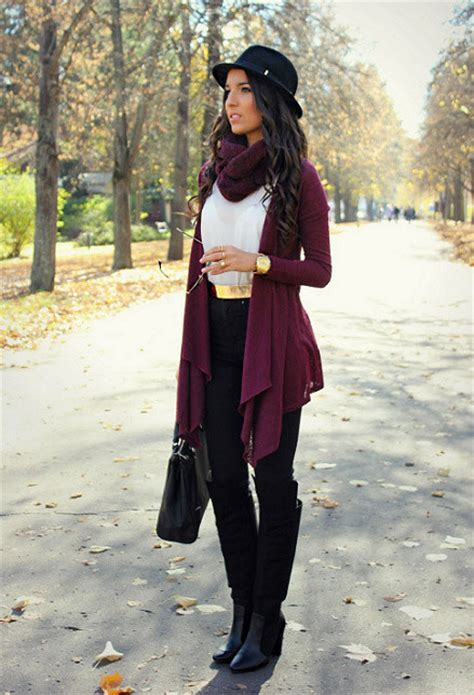 add  layer   outfit  putting   cardigan