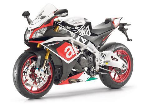 Motorrad News 4 2015 by Aprilia Rsv4 Rf 2015 On Review Mcn